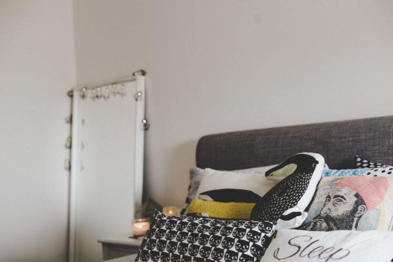 Leesa Sleep mattress review in bedroom